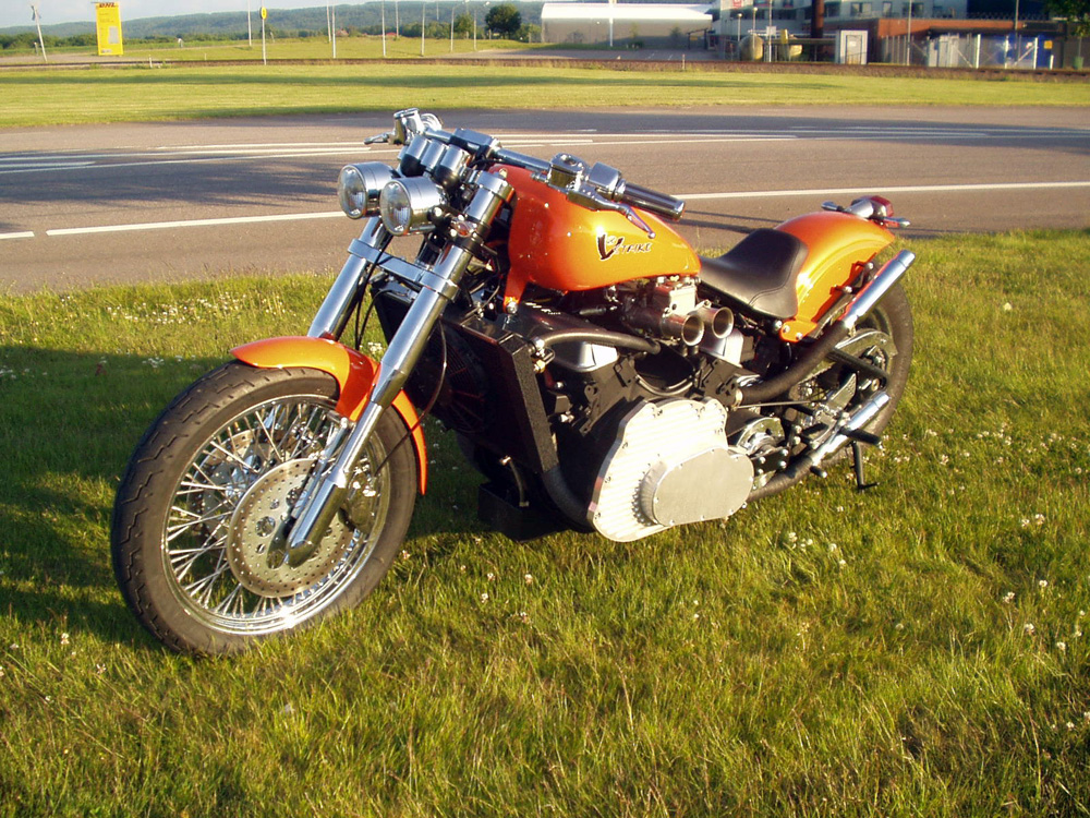 how to build a v8 motorcycle